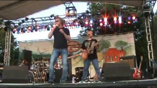 Adam Gregory Performs at SantaCaliGon Days