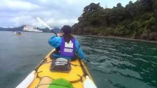preview picture of video 'DoE Gold - Kayaking in Queen Charlotte Sounds'