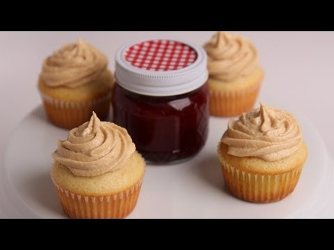 Peanut Butter & Jelly Cupcakes Recipe – Laura Vitale – Laura in the Kitchen Episode 403