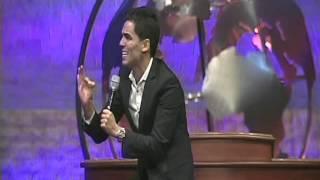 preview picture of video 'Gian Carlos Lozada Ciegos para ver'