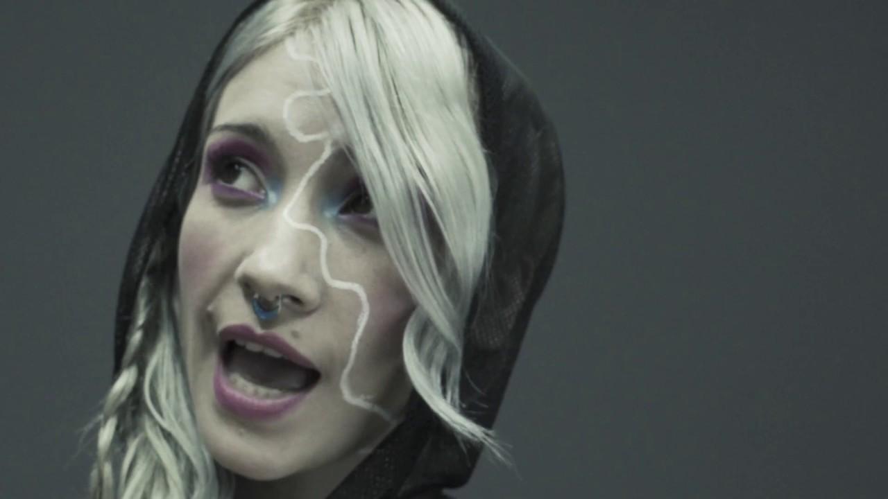 La Noche - Fly Fly Caroline [Video Oficial]