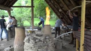 preview picture of video 'Eisenverhüttung ferrum noricum - Workshop im Urgeschichte Museum Asparn/Zaya'