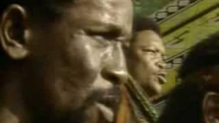 N'Kosi Sikeleli (Miriam Makeba, Ladysmith Black Mambazo, Paul Simon)