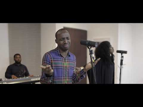 """WATCH TY Bello's Spontaneous Worship Session """"Liquid Love"""" with Dunsin Oyekan"""