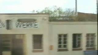 preview picture of video 'Südraum Leipzig: Zugfahrt Borna - Leipzig, gefilmt aus der S-Bahn (ca. 1994)'