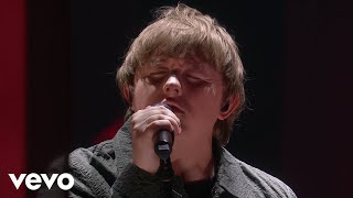 Music video by Lewis Capaldi performing Someone You Loved (Live From The BRIT Awards, London 2020). © 2020 Universal Music GmbH  http://vevo.ly/WOgq6O