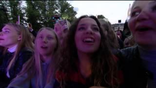 """Kesi """"Søvnlos Dumme Penge"""" Live fra The Voice '15"""