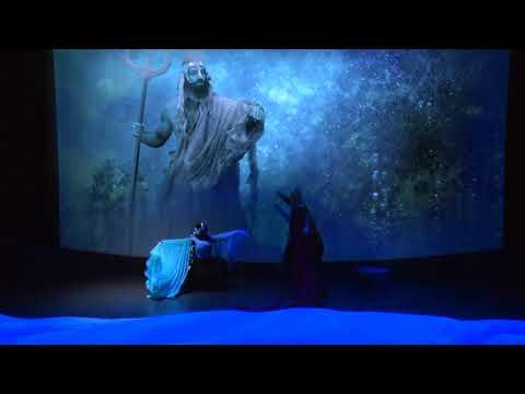 Ο Θησέας και Μινώταυρος από την Κάρμεν Ρουγγέρη