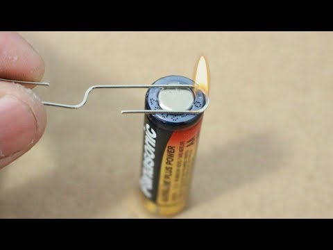 How To Make Fire With A Single Battery And Paper Clip | Survival Hack