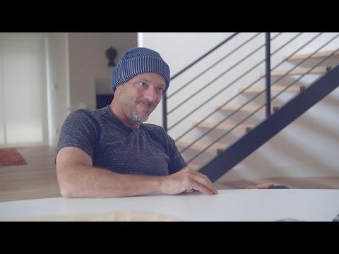 José Padilha, escritor Ferréz e um skatista gordinho