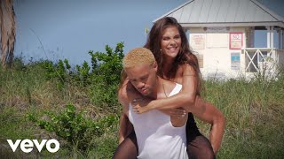 Maejor, Greeicy   I Love You (Behind The Scenes)