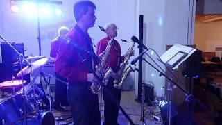 Video Purpura - Vánoční waltz v podání Béčobandu na Věnečku tanečních