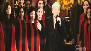 Annie Lennox ANGELS FROM THE REALMS OF GLORY (live)