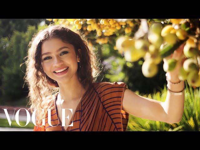 73 Questions With Zendaya | Vogue