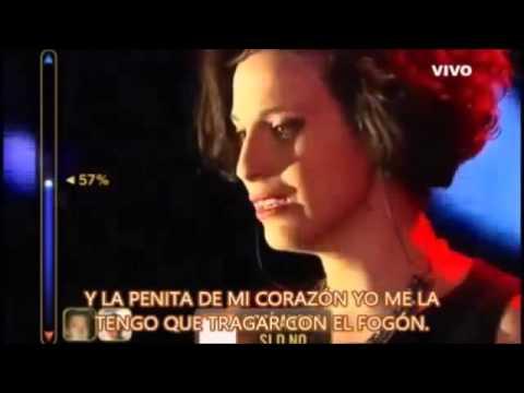 Diana Amarillo canta «Malo»