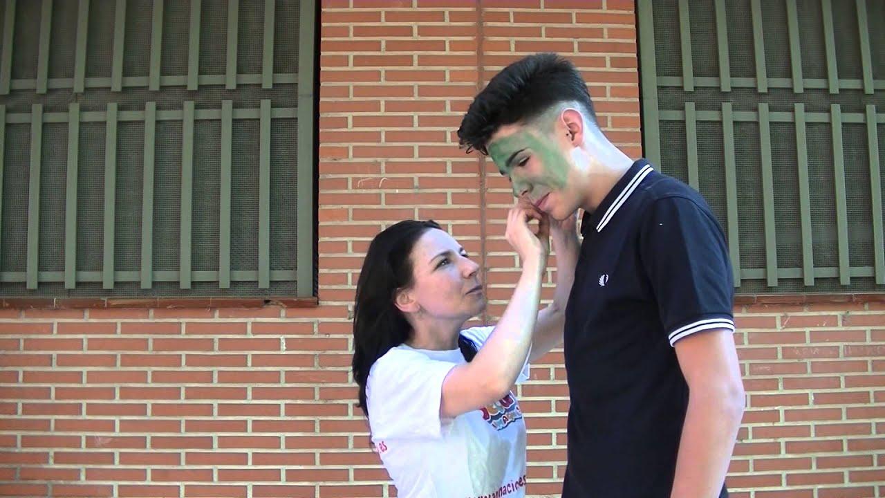 Cómo hacer el mejor maquillaje infantil de Hulk para niños fácil
