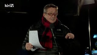 Bayer Zsolt beszéde a Niedermüller Péter elleni tüntetésen –