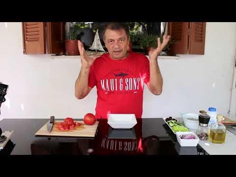 Греческий салат с изюминкой!