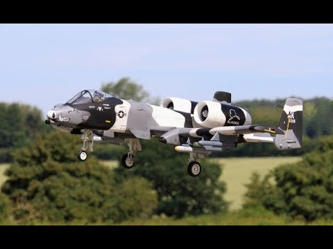 2 X GIANT SCALE RC A -10 TANKBUSTERS DISPLAY - MICK & STEVE  AT WINGS & WHEELS - 2018