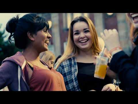 Video thumbnail of Move-in Day at Leeds Beckett