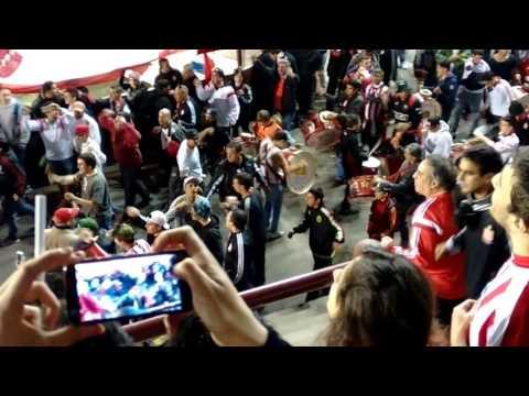 """Hinchada de Estudiantes -Cancha de Lanus 2015-"" Barra: Los Leales • Club: Estudiantes de La Plata"