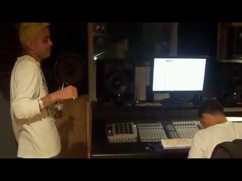 J Alvarez ''El Dueno Del Sistema'' ft. Juno ''The Hitmaker'' - Arriesgate (Official Video Preview)