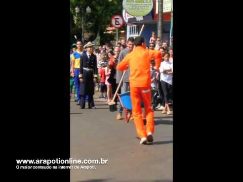 Dança do Gari, desfile 7 de Setembro em Arapoti