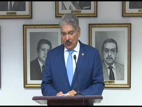 Norman Quijano presenta presupuesto Asamblea Legislativa 2019