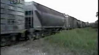 preview picture of video 'Tren de NCA pasando por Ramón J. Cárcano'
