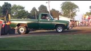 preview picture of video '(ntpa) truck pulls napoleon ohio'