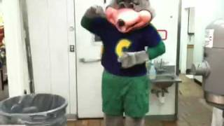 Chuck-e-cheese jumpin on it