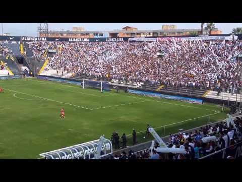 """""""Salida del equipo - Alianza Lima vs Inti Gas 2014"""" Barra: Comando SVR • Club: Alianza Lima • País: Peru"""