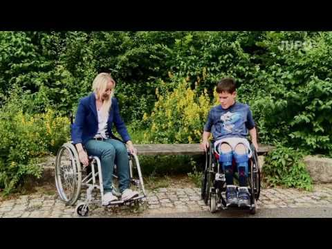 """Videoclip """"11 Jahre alt- Max im Rollstuhl"""""""