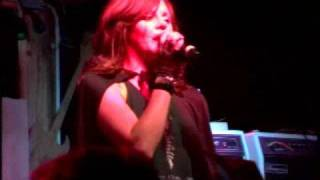 "The Donnas - ""Wasted"" : Live at Desert Moon 2"