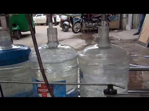 Automatic Rinsing Filling Capping 60 BPM Machine