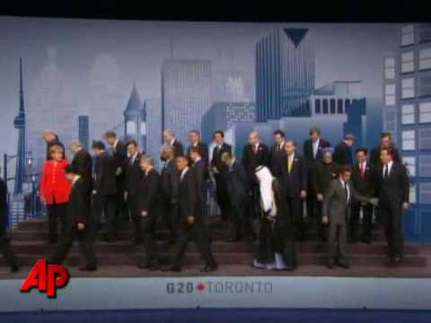 World Leaders Meet in Canada