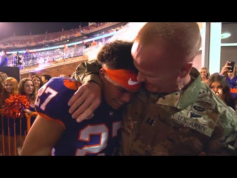 Army Dad Surprises Clemson Running Back Before Game