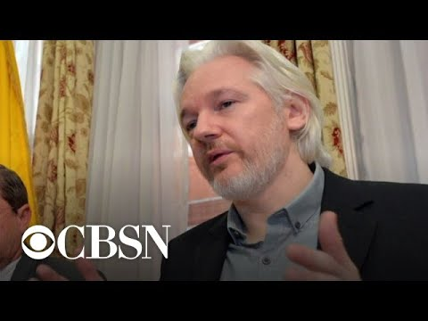 , title : 'WikiLeaks founder Julian Assange charged with violating Espionage Act'