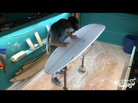 Raglan Longboards – Complete Surfboard Build: Hand Shape, Resin Tint, Gloss & Polish