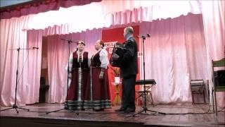Поют Анна Дорофеева и Лидия Николаева