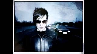 Apoptygma Berzerk - Back on Track