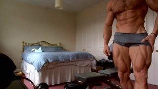 adam400m MUSCLE FLEX April***BIG RIPPED LEGS