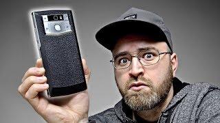 The Smartphone Battery Life World Champion - 10,000mAh!