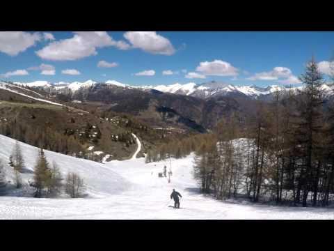 Survol de Roubion et son domaine skiable