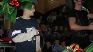 preview picture of video 'USPDR Delta - Podjela poklona 2008'