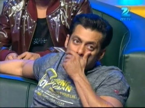 Salman Khan Gets EMO