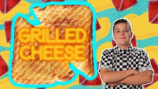 How To Make A Grilled Cheese Sandwich! | FOOD EATS KID | Universal Kids