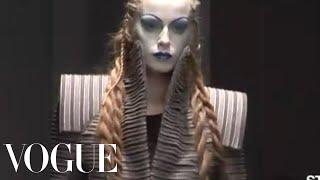 Fashion Show - Gareth Pugh: Fall 2008 Ready-to-Wear