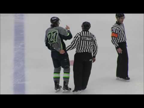 Nicholas Wright vs Alexander Taulien