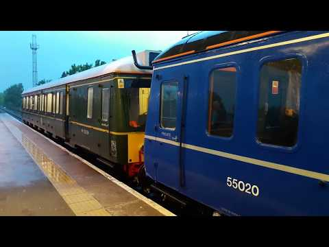 Chiltern Railways 'Bubble Cars' 121034 & 121020 depart Princ…